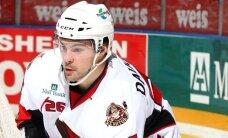 Daugaviņš ir trešais Latvijas hokejists, kurš izcīnījis Kaldera kausu