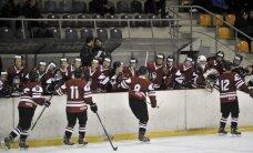 Latvijas U-20 hokejisti pasaules čempionātā pieveic Slovēniju