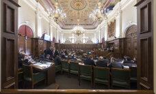 За время работы 11-го Сейма принято 910 законов; самый активный депутат - Элксниньш