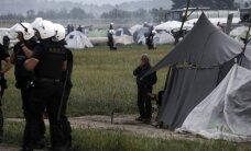 No Idomeni nelegālās imigrantu nometnes evakuēti jau 1500 cilvēki
