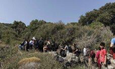 Kosas salā nonākušos migrantus Grieķijas valdība sola izvietot uz kuģa