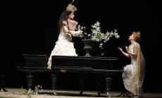 Jaunajā Rīgas teātrī pirmizrādi piedzīvos Kuzmina 'Peldošie – ceļojošie'