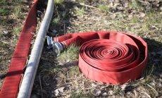 Ugunsgrēkā Ādažu poligonā deguši 770 hektāri; turpinās tā dzēšanas darbi