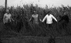 'Mielavs un Pārcēlāji' piedāvā jaunu dziesmu un izziņo pavasara koncertus