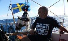 70 gadu vecumā latvietis mazā laiviņā šķērso okeānu un aizburā uz Karību salām