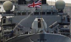 Britu fregate pavadījusi Krievijas karakuģi