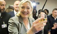 Kremlis, iespējams, maksājis par franču nacionālistes Lepēnas 'draudzību', atklāj sarakste