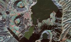 ФОТО: Как из космоса выглядит жизнь на потухшем вулкане