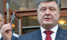 Porošenko paraksta likumu par komunisma un nacisma nosodīšanu
