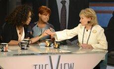 Leģendārā TV 'seja' Barbara Voltersa nolēmusi 'mest mieru' raidījumu vadīšanai