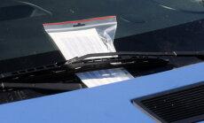 Protokolu par auto stāvēšanas noteikumu pārkāpumiem varēs saņemt elektroniski