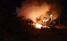 Daugavpilī un Jūrmalā dzēsti divi paaugstinātas bīstamības ugunsgrēki