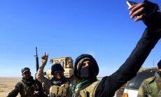 Foto: Irākas spēki metas jaunās Mosulas kampaņas frontes mutulī