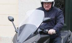 Krievijas pilsonību pieņēmušais Depardjē ignorē Parīzes tiesu