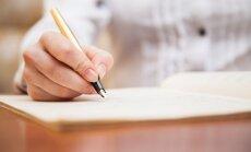 rakstīt papīrs sieviete