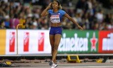 ASV sprinteres izcīna dubultuzvaru pasaules čempionāta 400 metru barjerskrējienā