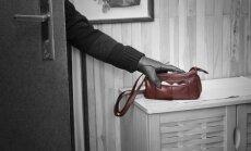 Даугавпилс: мужчина представился сантехником и обокрал пенсионерку