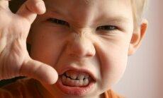 Sešas tipiskākās bērnu pretenzijas pret saviem vecākiem