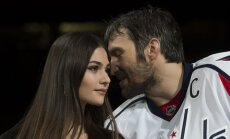 ВИДЕО: Александр Овечкин сыграл шикарную свадьбу с Анастасией Шубской