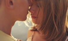 Svinot mīlestību, aicina neaizmirst par drošību un veselību