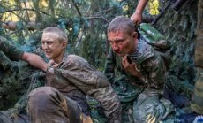Skarbi foto: Ukraiņu gūstekņi un ievainotie pēc kaujas Šahtarskā