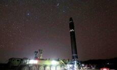 Ziemeļkorejas raķeti redzējuši arī no pasažieru lidmašīnām