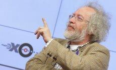 'Eho Moskvi' akcionārs atlaiž radiostacijas žurnālistu; draud atstādināt arī redaktoru