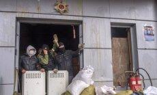 Kaujinieki apšauda Luhanskas lidostu