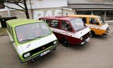 Foto: Ar trim RAF mikroautobusiem atkārtos ekspedīciju uz Vladivostoku