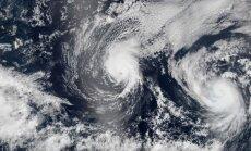 Havaju salas gatavojas divām viesuļvētrām