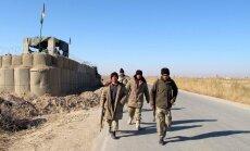 Afganistānā cīnās pret kaujiniekiem, kas mēģinājuši ieņemt Indijas konsulātu