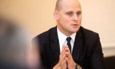 Кулбергс: возмущаясь закрытием ss.lv, латвийцы одобряют неуплату налогов