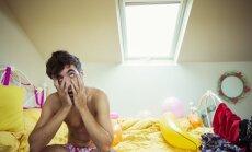 Pētnieki nosauc bīstamākās seksa pozas