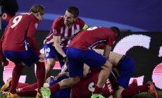 Madrides 'Atletico' tikai 'pendelēs' pārspēj sīksto PSV