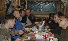 'Zveja Kamčatkā': Aģentūra AP pārliecināta par bildes ar Rimšēviču īstumu