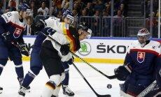 Latvijas hokeja izlases PČ pretiniecēm zaudējumi pārbaudes mačos