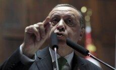 Sauszemes operācija pret Afrīnu 'de facto' jau ir sākusies, apgalvo Erdogans