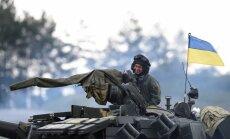 Eksperti: ir jāpiegādā Ukrainai ieroči, lai pieaugtu Krievijas kara izmaksas