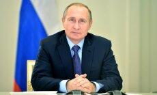 Putins izsludina likumu, kas ļauj Krievijai ignorēt starptautisko tiesu spriedumus