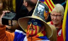 Pūlis demonstrācijā pauž atbalstu Katalonijas neatkarības centienu līderiem