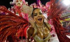 Skaistules un dejas: krāšņākie kadri no Riodežaneiro karnevāla