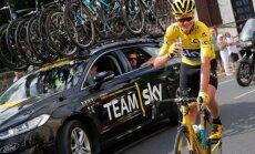 Frūms trešo reizi karjerā triumfē 'Tour de France' velobraucienā
