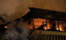 Ugunsgrēks Maskavas bibliotēkā gandrīz pilnībā iznīcina ēku; bojāti 1,5 miljoni eksemplāru