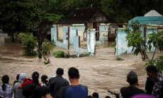 Plūdos un zemes nogruvumos Indonēzijā 47 bojāgājušie