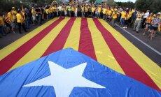 Spānijas tiesa Katalonijas neatkarības referendumu atzīst par pretlikumīgu