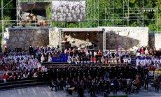 Valkā ar vērienu svinēta Jāņa Cimzes 200 gadu jubileja