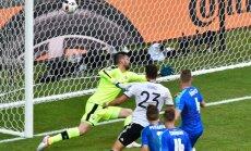 Vācijas futbolisti ļoti pārliecinoši sasniedz EURO 2016 ceturtdaļfinālu