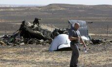 'EgyptAir' mehāniķi tur aizdomās par bumbas ievietošanu nokritušajā Krievijas lidmašīnā
