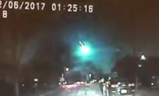 Video: Milzīgs meteors uzplaiksnī debesīs virs ASV