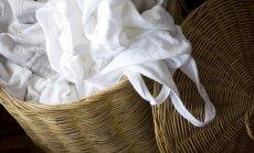 Kad balts vairs nav balts – pieci drēbju balināšanas veidi mājas apstākļos